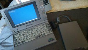手持ちのWindows2000をインストール